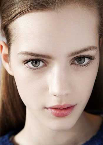 20 natural face make up looks styles ideen trends 2014 f r m dchen neue trend haar. Black Bedroom Furniture Sets. Home Design Ideas