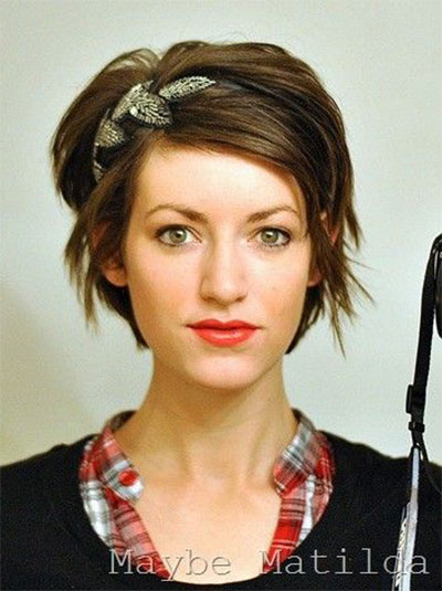 20-Short-Curly-Bob-Haircut-Styles-For-Girls-Women-2014-1