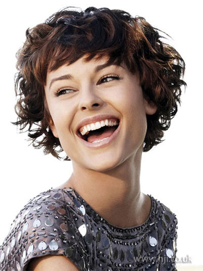 20-Short-Curly-Bob-Haircut-Styles-For-Girls-Women-2014-5