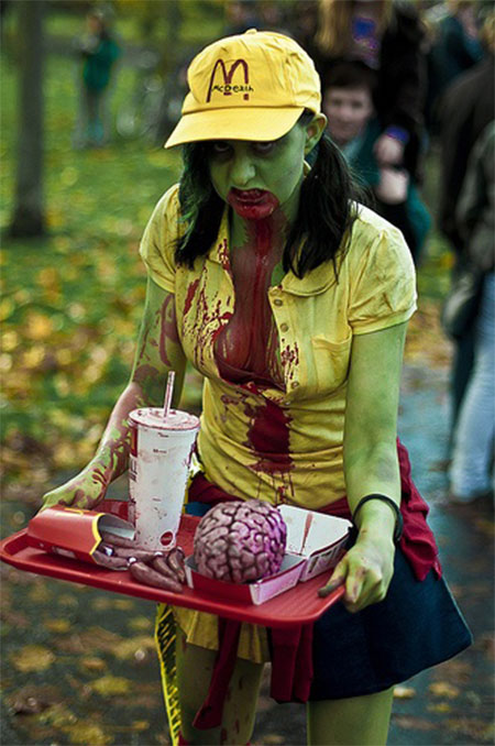 20-Scary-Creative-Halloween-Costume-Outfit-Ideas-For-Girls-Women-2014-6