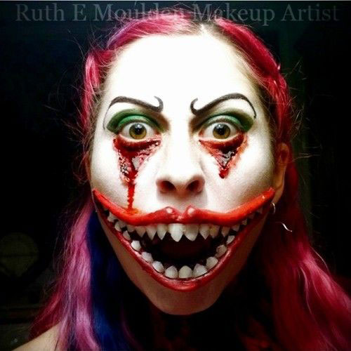 10-Amazing-Halloween-Mouth-Make-Up-Looks-Ideas-For-Girls-2014-1