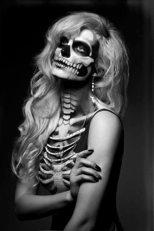 12-Halloween-Skeleton-Make-Up-Ideas-Looks-For-Girls-2014-10