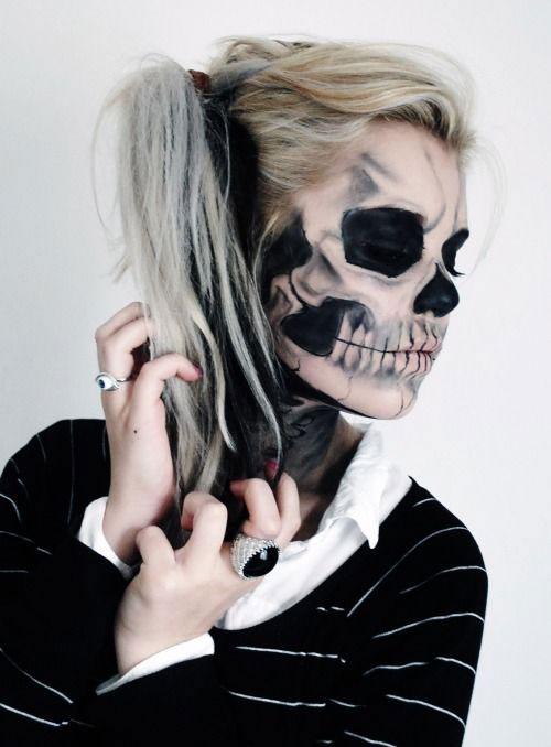 12-Halloween-Skeleton-Make-Up-Ideas-Looks-For-Girls-2014-11