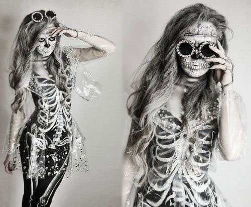 12-Halloween-Skeleton-Make-Up-Ideas-Looks-For-Girls-2014-14
