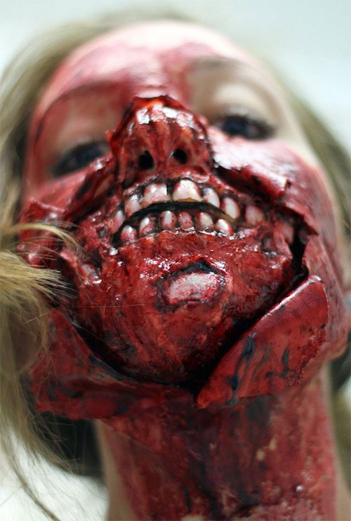 15-Best-Halloween-Zombie-Make-Up-Looks-Ideas-Trends-For-Girls-2014-12