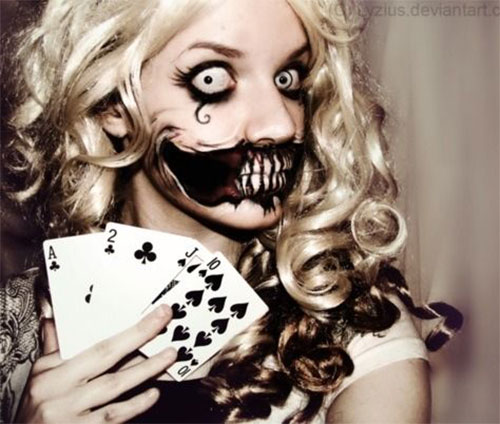 15-Scary-Halloween-Zombie-Eye-Make-Up-Looks-Ideas-For-Girls-2014-10