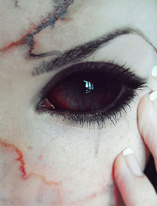 15-Scary-Halloween-Zombie-Eye-Make-Up-Looks-Ideas-For-Girls-2014-8