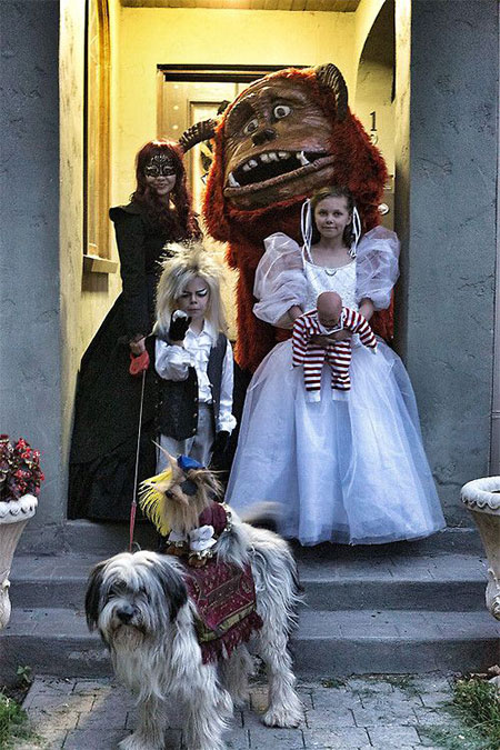 18-Family-Themed-Halloween-Outfits-Costume-Ideas-2014-1