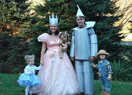 18-Family-Themed-Halloween-Outfits-Costume-Ideas-2014-16