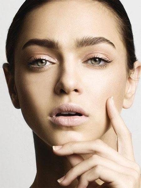 18-Inspiring-Natural-Make-Up-Ideas-Looks-For-Girls-2014-7