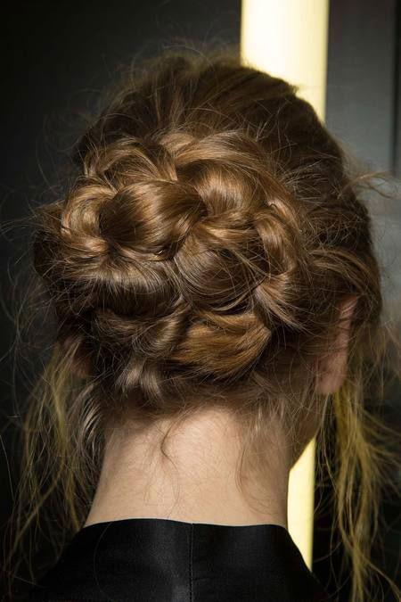 20-Latest-Fall-Autumn-Hairstyle-Trends-Ideas-For-Girls-2014-5