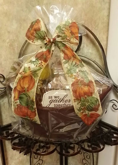 Inspiring-Thanksgiving-Gift-Basket-Ideas-2014-3