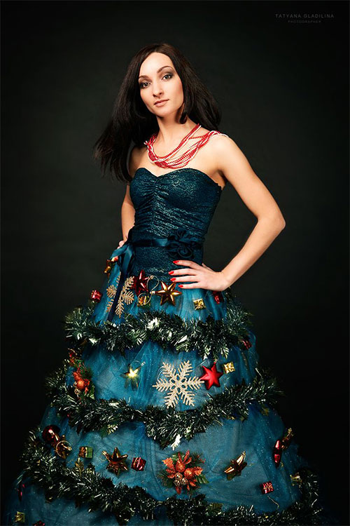 10-Home-made-Christmas-Tree-Costume-Ideas-For-Girls-Kids-2014-10