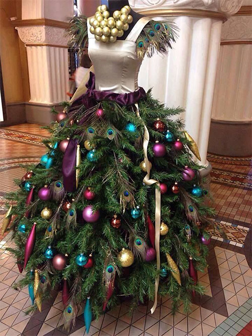 10-Home-made-Christmas-Tree-Costume-Ideas-For-Girls-Kids-2014-9
