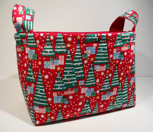 15-Best-Christmas-Basket-Ideas-2014-Xmas-Gifts-11