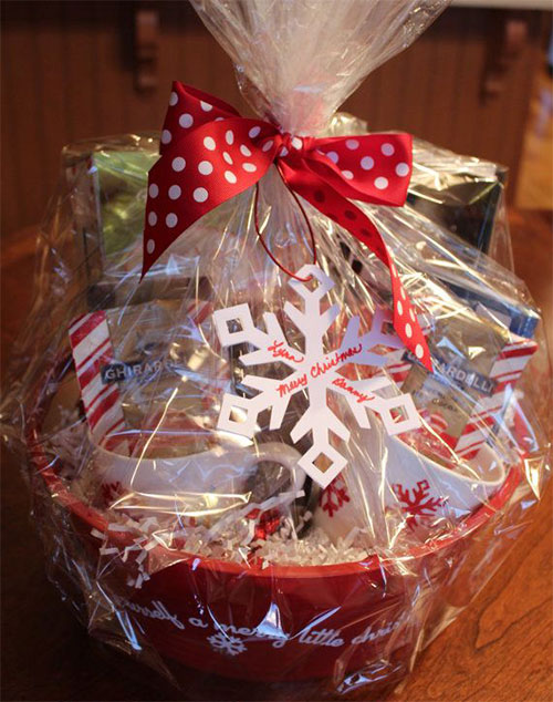 15-Best-Christmas-Basket-Ideas-2014-Xmas-Gifts-2