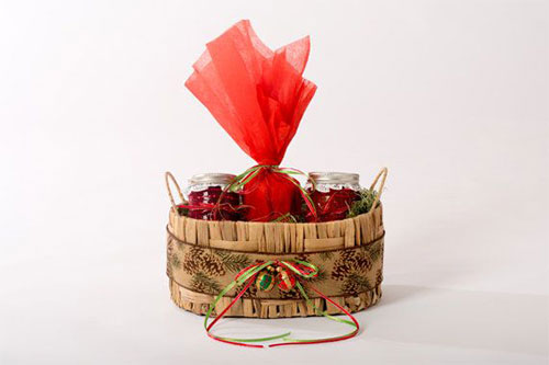 15-Best-Christmas-Basket-Ideas-2014-Xmas-Gifts-6