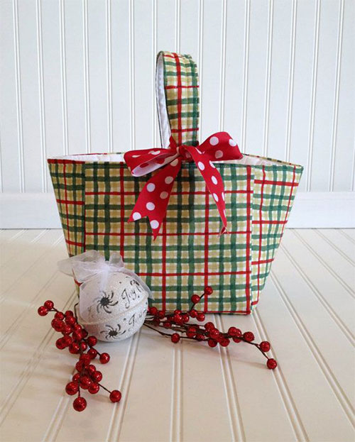 15-Best-Christmas-Basket-Ideas-2014-Xmas-Gifts-7