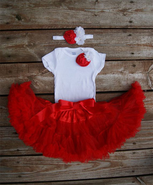 15 Cute Christmas Dresses & Outfits For Newborn, Baby Girls & Kids ...