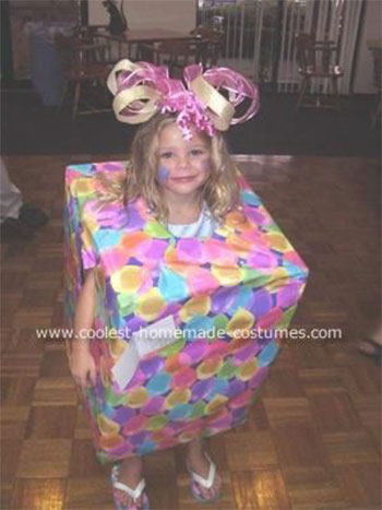 Creative-Home-made-Christmas-Present-Costumes-For-Kids-Girls-2014-4