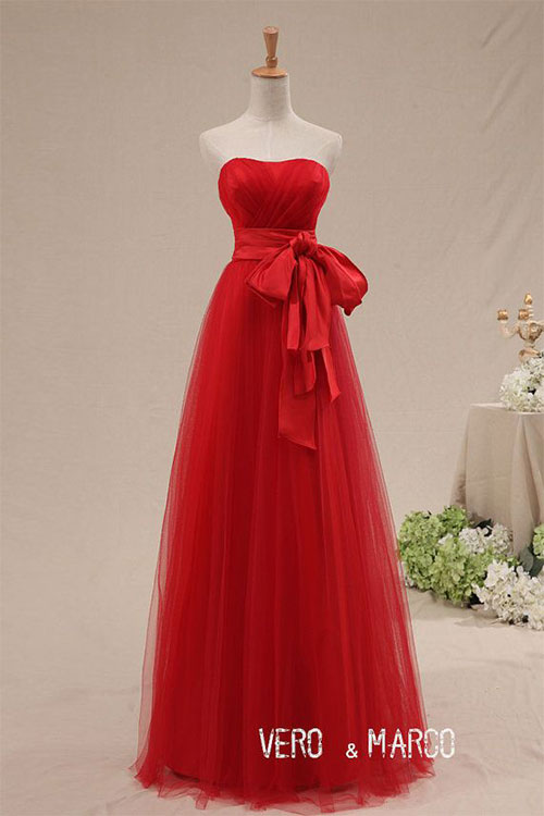 Inspiring-New-Christmas-Outfits-Dresses-Ideas-For-Girls-Women-2014-4
