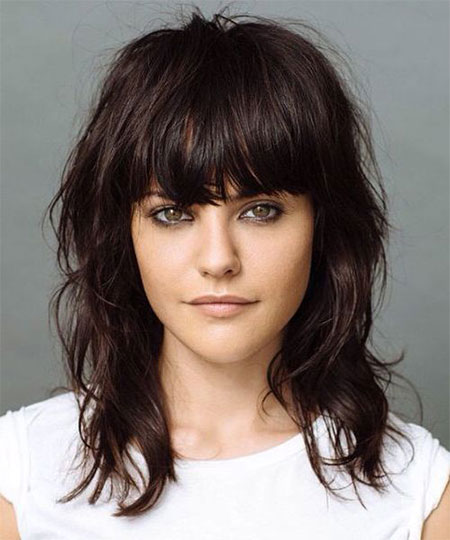 medium haircuts for thick hair with bangs 1000 images about omg hair on shag 5135