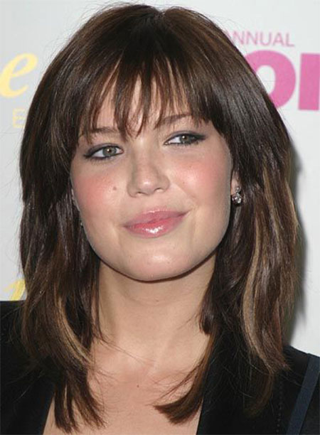 Superb Layered Haircuts For Round Faces With Bangs Best Hairstyles 2017 Short Hairstyles Gunalazisus