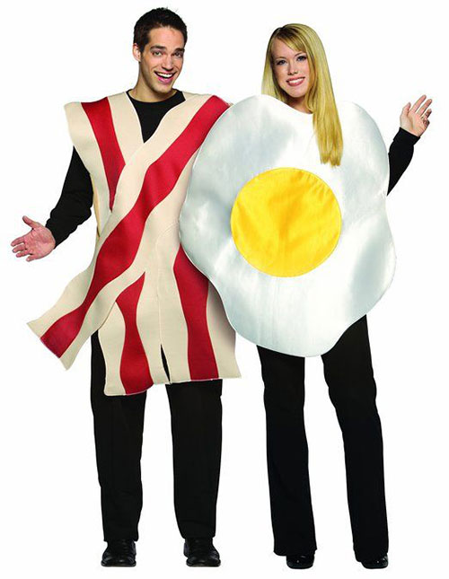 12-Crazy-Funny-Halloween-Costume-Ideas-For-Couples-2015-3