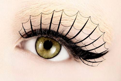 15 Best Spider Web, Cat & Bat Eye Makeup Looks & Ideas For ...