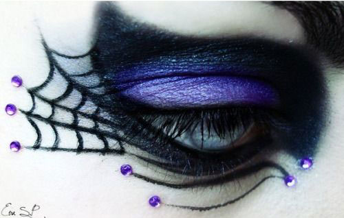 15-Best-Spider-Web-Cat-Bat-Eye-Makeup-Looks-Ideas-For-Halloween-2015-7
