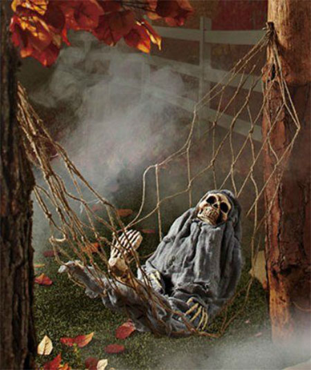 15-Cheap-Home-Made-Indoor-Outdoor-Halloween-Decoration-Ideas-2015-2