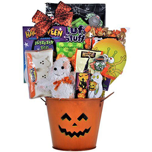 15-Halloween-Gift-Baskets-Bags-Ideas-2015-Gifts-For-Halloween-2