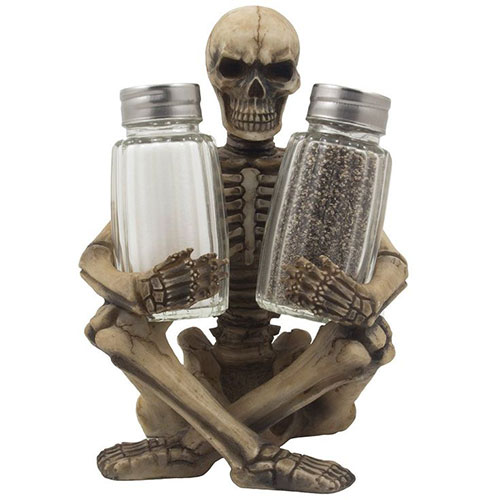 15-Halloween-Gift-Baskets-Bags-Ideas-2015-Gifts-For-Halloween-7