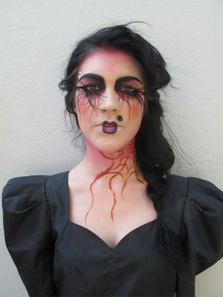 15-Halloween-Witch-Make-Up-Ideas-Styles-For-Girls-2015-2