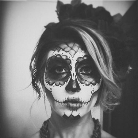 18-Amazing-Halloween-Skull-Makeup-Styles-Ideas-Looks-2015-8