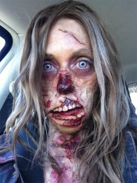 18-Very-Scary-Zombie-Makeup-Styles-Looks-Ideas-2015-For-Halloween-5
