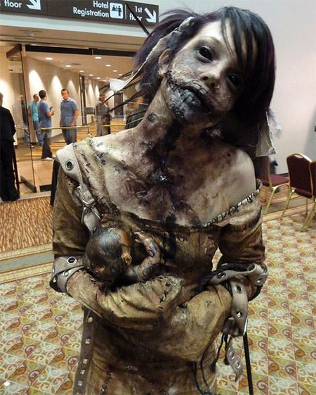 18-Very-Scary-Zombie-Makeup-Styles-Looks-Ideas-2015-For-Halloween-9
