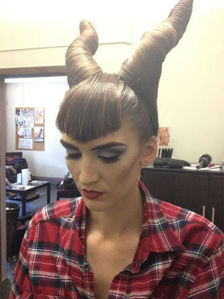 20-Crazy-Scary-Halloween-Hairstyle-Ideas-For-Kids-Girls-Women-2015-16