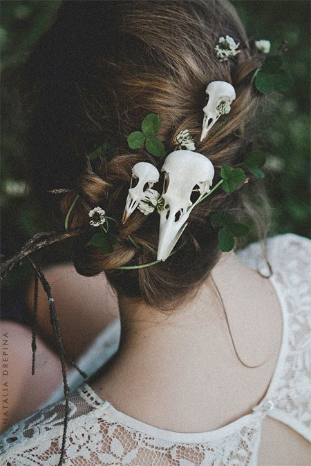 20-Crazy-Scary-Halloween-Hairstyle-Ideas-For-Kids-Girls-Women-2015-17
