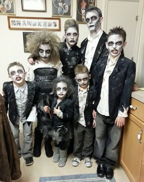 20-Cute-Funny-Family-Themed-Halloween-Costume-Ideas-2015-10