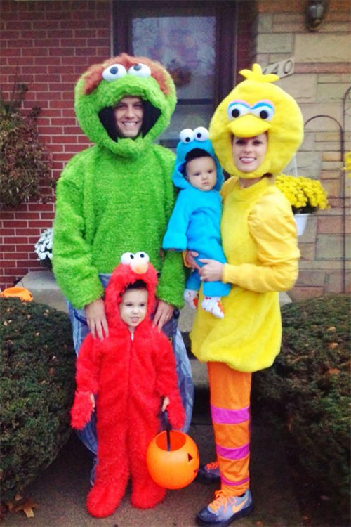 20-Cute-Funny-Family-Themed-Halloween-Costume-Ideas-2015-17