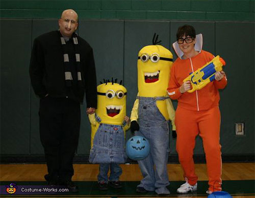 20-Cute-Funny-Family-Themed-Halloween-Costume-Ideas-2015-4