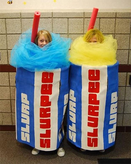 20-Funny-Cheap-Easy-Homemade-Halloween-Costumes-Ideas-2015-21