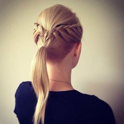 10-Christmas-Party-Hairstyle-Ideas-Looks-2015-Xmas-Hairstyles-2