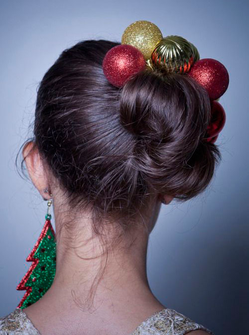 15-Creative-Christmas-Themed-Hairstyle-Ideas-2015-Xmas-Tree-Hairstyles-6