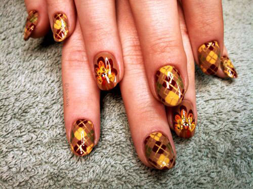 25-Inspiring-Easy Thanksgiving-Nail-Art-Designs-Ideas-Trends-2015-1