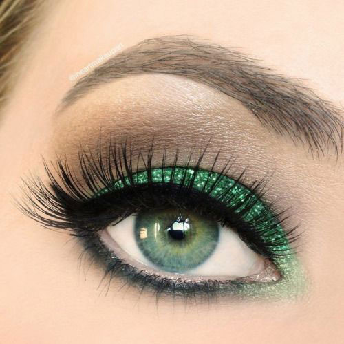 10-Best-Christmas-Eye-Makeup-Looks-Ideas-Styles-2015-6