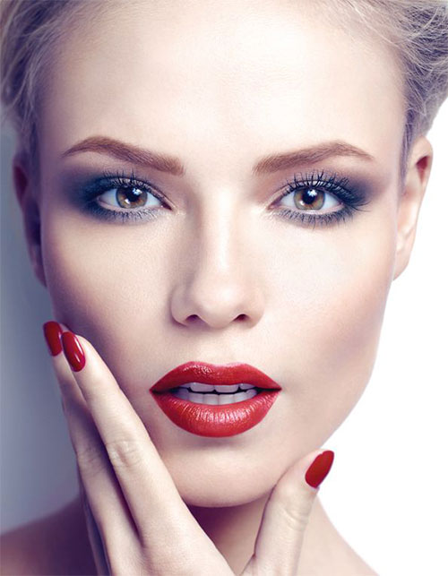 12-Christmas-Themed-Makeup-Looks-Ideas-For-Girls-Women-2015-2