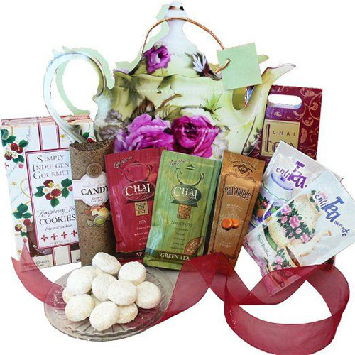 15-Best-Christmas-Gift-Basket-Ideas-For-Kids-Girls-2015-10