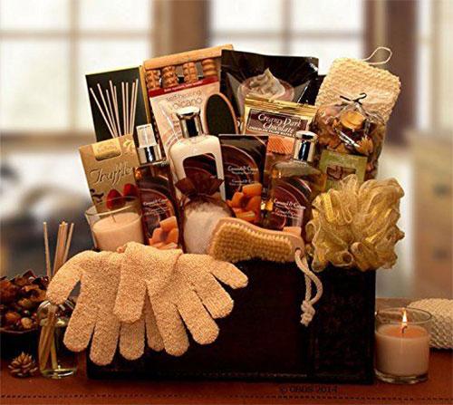15-Best-Christmas-Gift-Basket-Ideas-For-Kids-Girls-2015-14